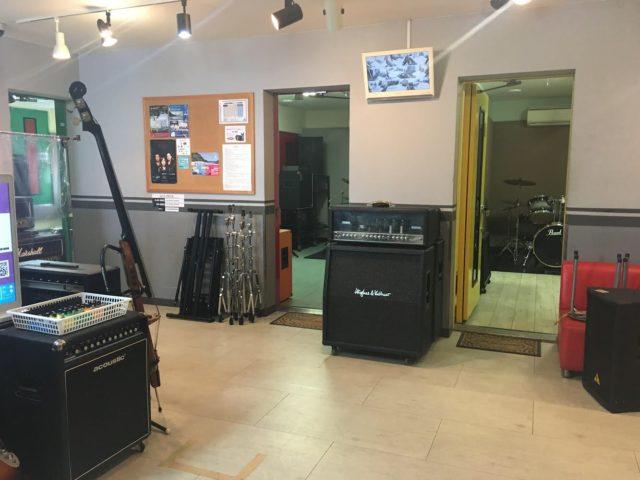 スタジオ廊下